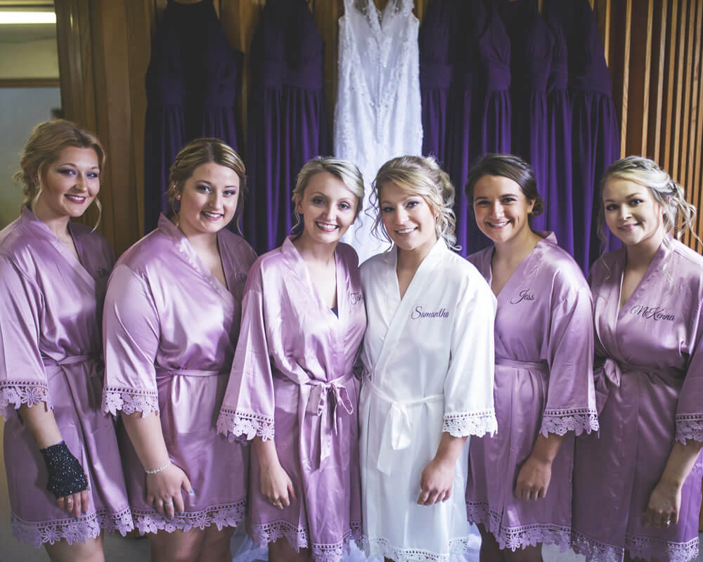 Mauve Lace Bridesmaid Robes