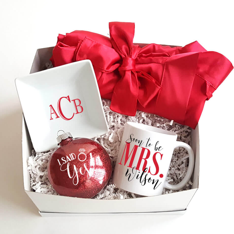 Christmas Gift Box 1   Personalized Brides