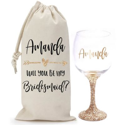 """Will You Be My Bridesmaid?"" Glitter Wine Glass & Wine Bag Set with Arrow"
