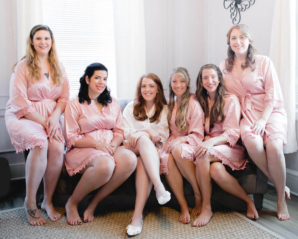 Dusty Rose Lace Bridesmaid Robes