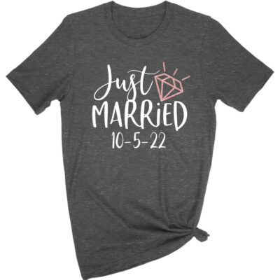 """""""Just Married"""" T-Shirt with Date"""